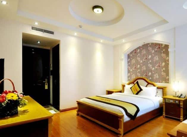 Cap Town Hotel - bed - room