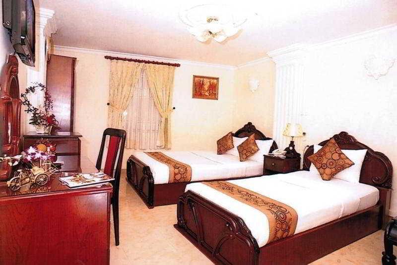 Hoang Lien Hotel - Bedroom