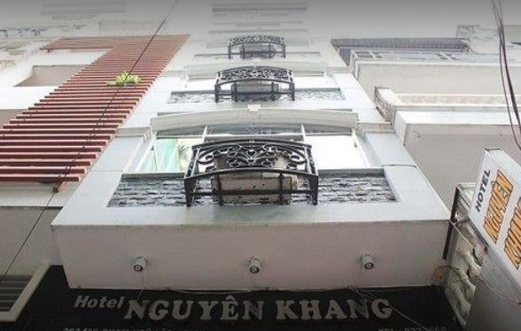 Nguyen Khang Hotel - Front - View
