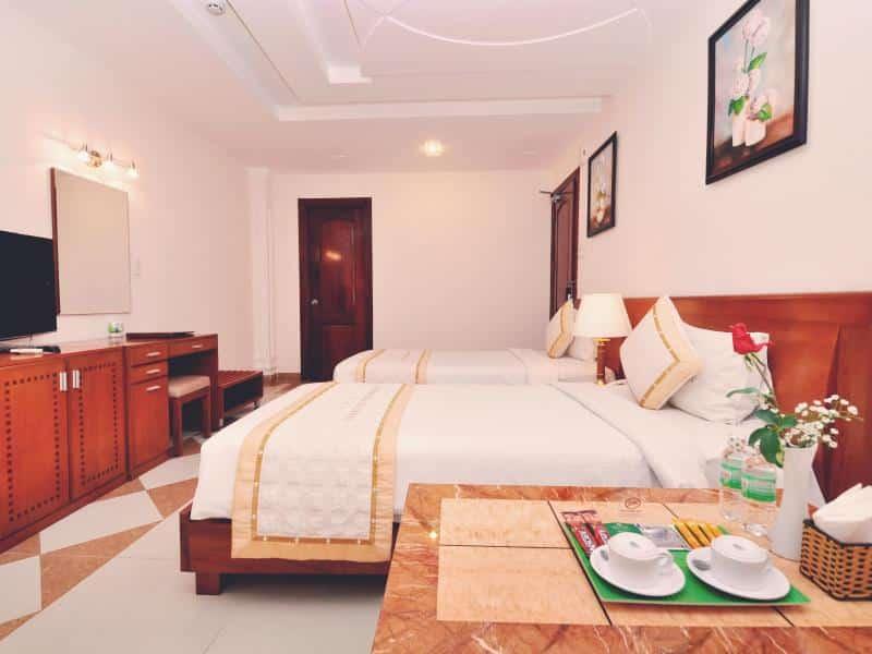 Tan Hoang Long Hotel - Bedroom