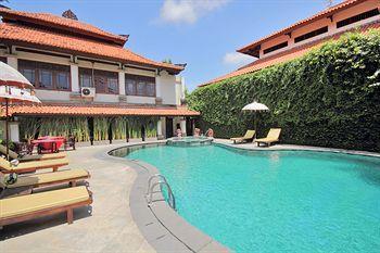 Bali Guest Friendly Hotels - Royal Tunjung Bali Villa -  Swimming - Pool