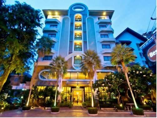 Guest Friendly Hotels In Pattaya - Best Beach Villa