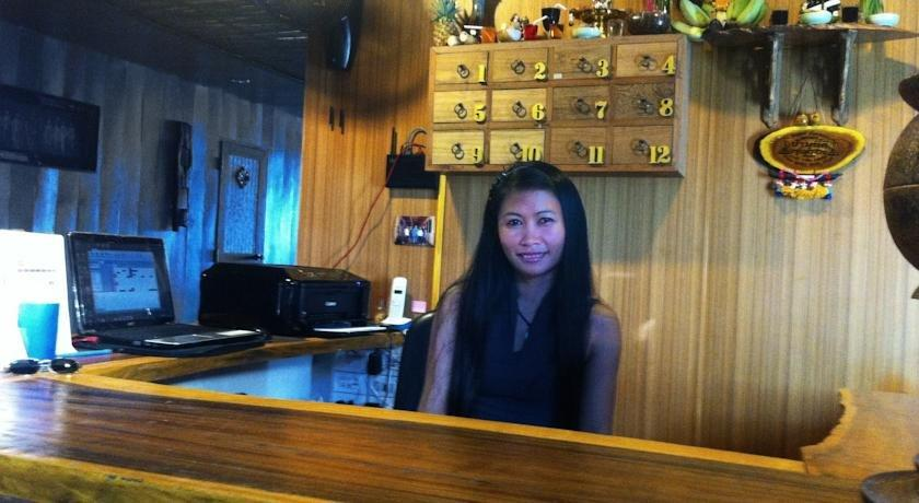 guest friendly hotels in Hua Hin - Sukkasem Guesthouse - Reception