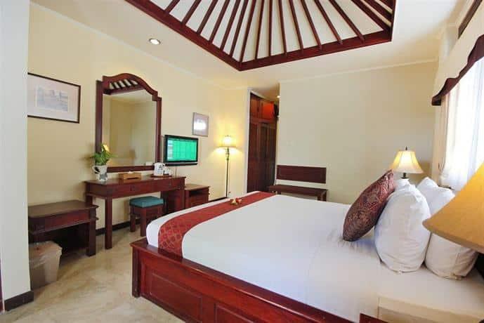 Bali Guest Friendly Hotels - Royal Tunjung Bali Villa - Bedroom