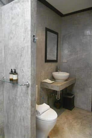 guest friendly hotels in Hua Hin - The Herbs Hotel - Bathroom