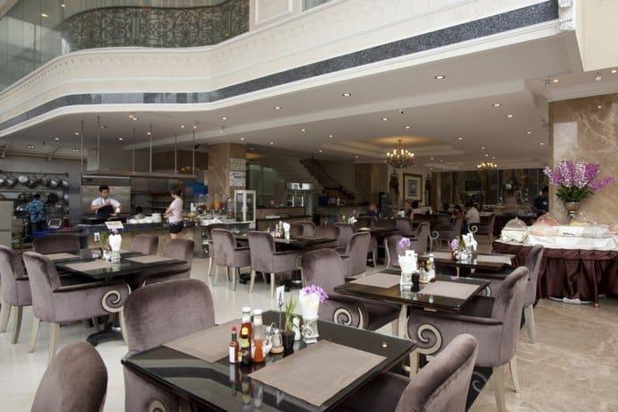 Guest Friendly Hotels In Pattaya - LK The Empress - Restaurent