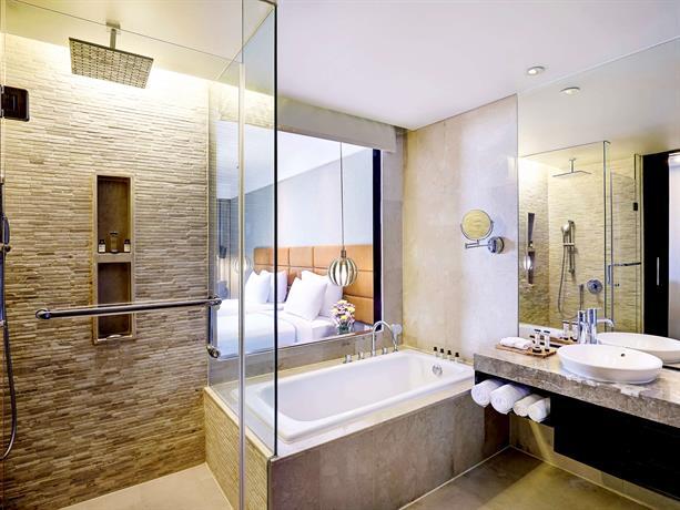 Bali Guest Friendly Hotels - Pullman Bali Legian Nirwana Hotel - Bathroom