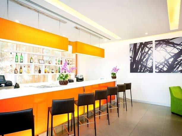 Guest Friendly Hotels In Pattaya - Ibis Pattaya Hotel - Bar