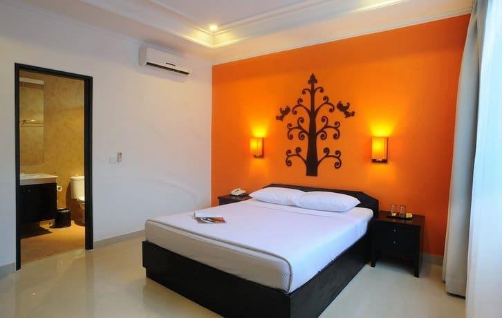 Bali Guest Friendly Hotels - Dewi Sri Hotel - Bedroom