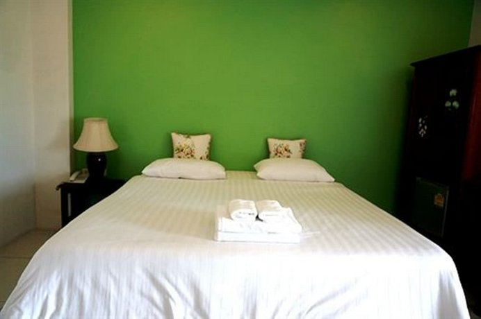 guest friendly hotels in Hua Hin - Smile Hua Hin Resort - Bedroom