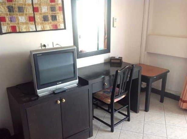 guest friendly hotels in Hua Hin - Royal Express Hua Hin  - Bedroom