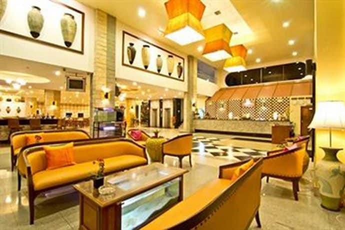 Guest Friendly Hotels In Pattaya - Best Beach Villa - Longue