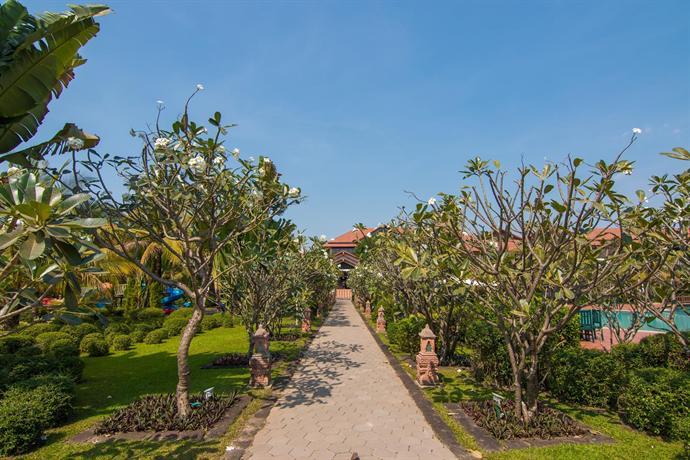 Angkor Palace Resort & SPA - Private Garden