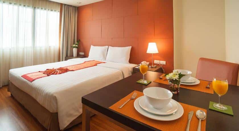 Aspen Suites Hotel Sukhumvit 2 Bangkok by Compass Hospitality-Bedroom