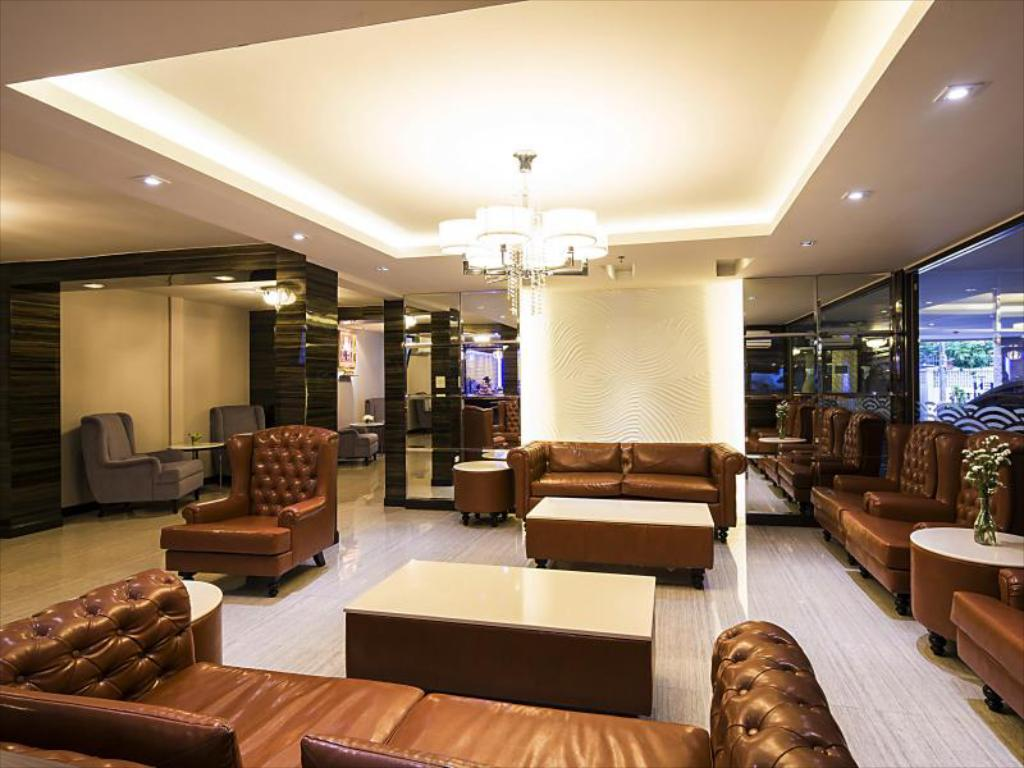 Aspen Suites Hotel Sukhumvit 2 Bangkok by Compass Hospitality-Lobby