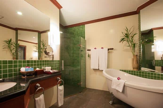 Borei Angkor Resort & SPA - Bathroom