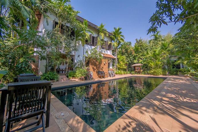 Bunwin Boutique Hotel - Swimming Pool View