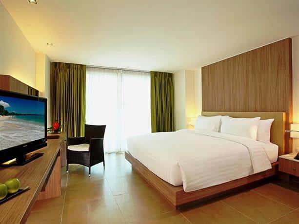 Centara Pattaya Hotel - Bedroom