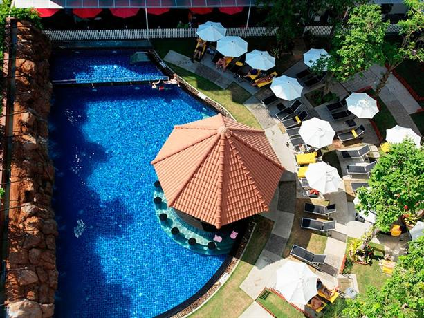 Centara Pattaya Hotel - Swimming Pool