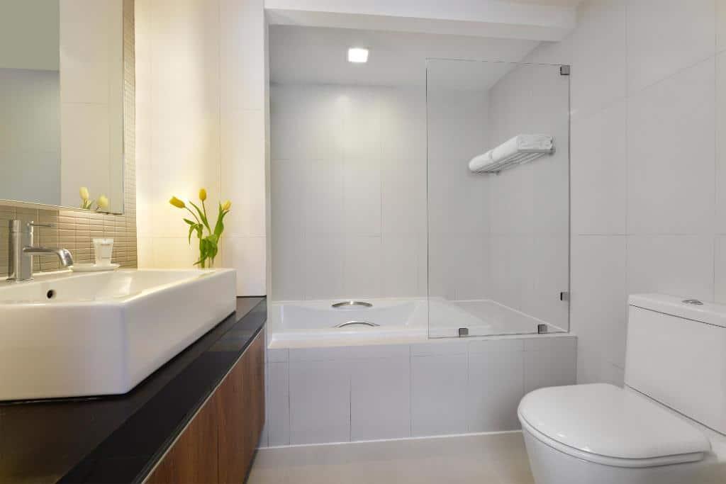 Citadines Sukhumvit 11 Bangkok-Bathroom
