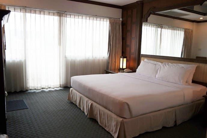 Grand Hotel Pattaya - Bedroom