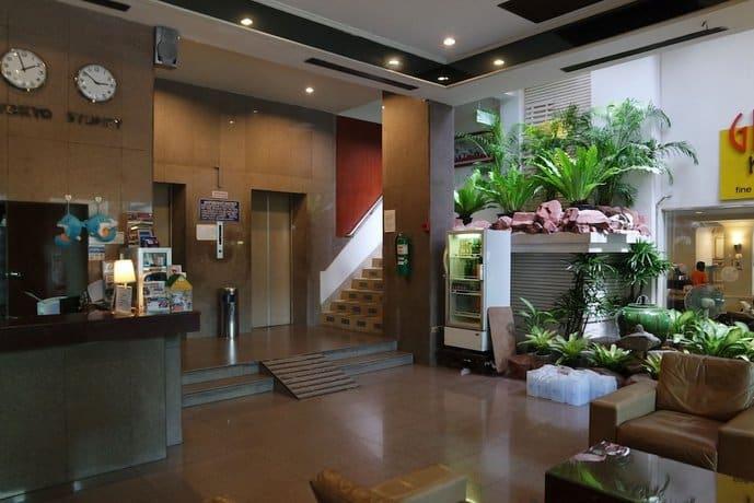 Grand Hotel Pattaya - Inside View