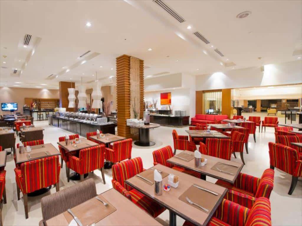 Grand President Hotel-Restaurant