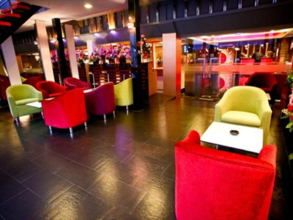 Heaven at 4 Hotel-Lobby