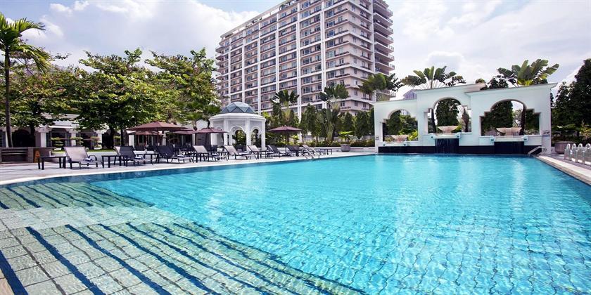 Hotel Istana - Swimming Pool