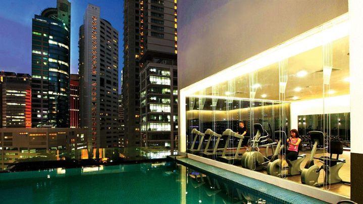 Invito Hotel Suites -Pool