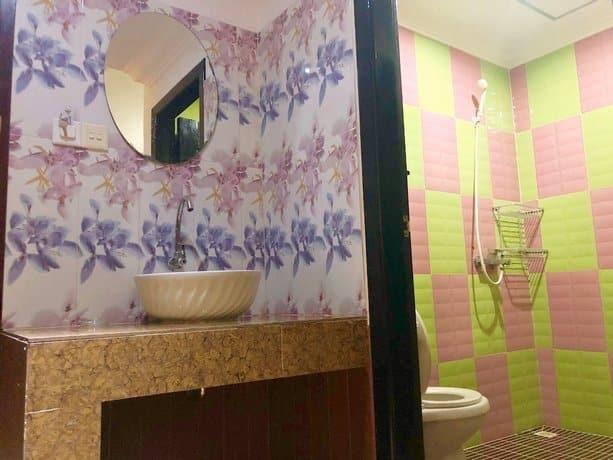 Jasmine Lodge - Bathroom