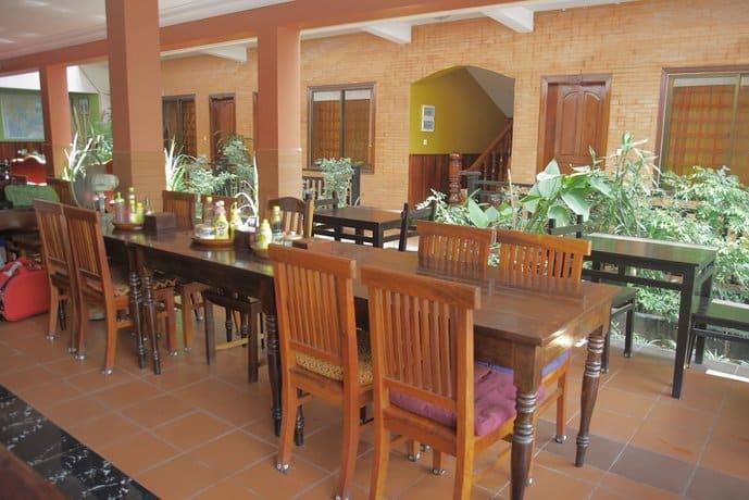 Jasmine Lodge - Dining Area
