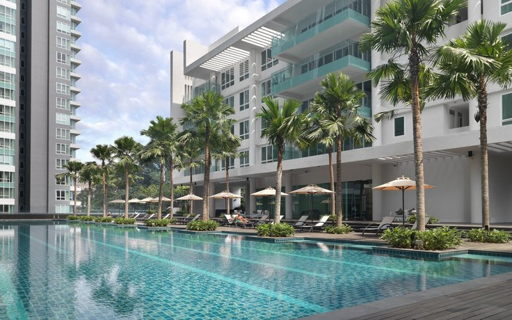Lanson Place Bukit Ceylon Serviced Residences - Swimming Pool