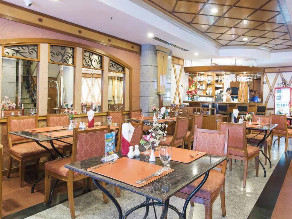 Majestic Suites Hotel-Restaurant