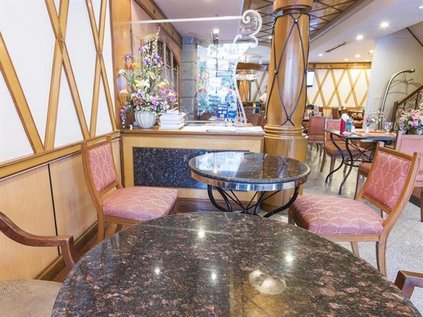 Majestic Suites Hotel - Restaurant