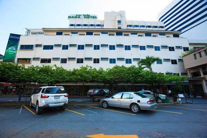 Nana Hotel - Exterior