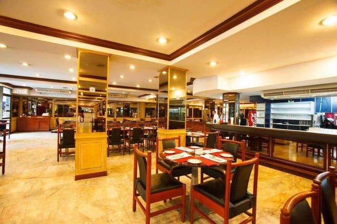 Nana Hotel - Restaurant