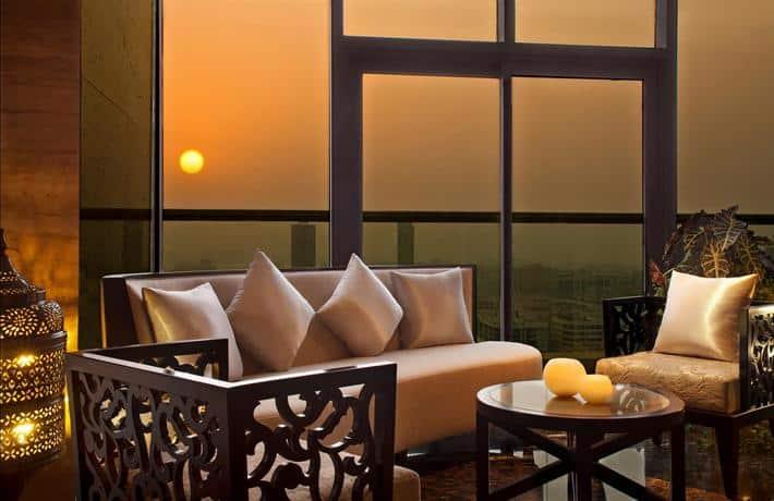 Park Regis Kris Kin Hotel Sitting Area