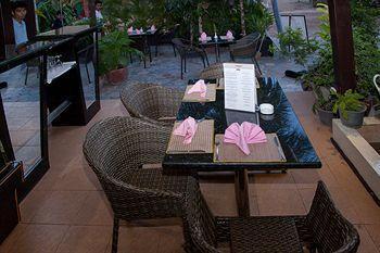 Parklane Hotel - Cafe
