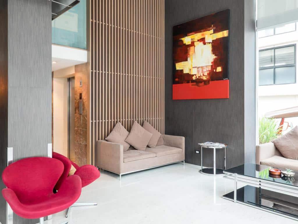 Sacha's Hotel Uno-Lobby