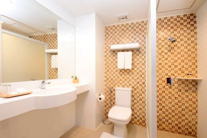 The Wind Hotel - Bathroom